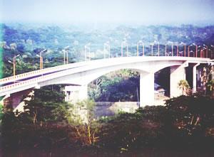 卡布坎公路大桥